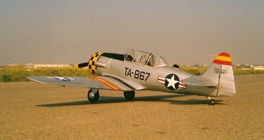 North American AT-6 Texan/Harvard (68 5
