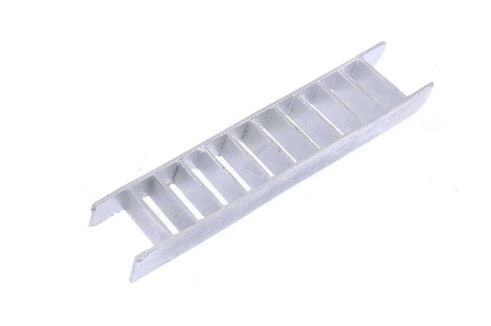 White Metal Long Steps