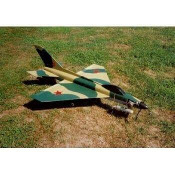 RC1472 - MiG 21