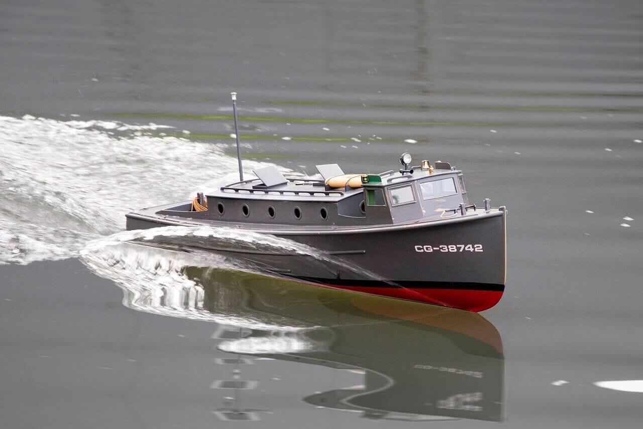 US Coast Guard 38 Foot Picket Boat - MM2098 - Sarik Hobbies - for the Model Builder