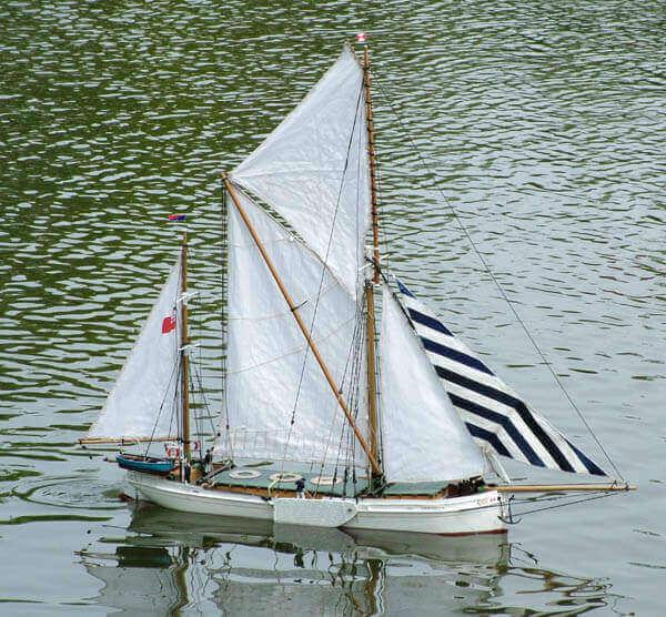 Thames Barge Veronica Plan