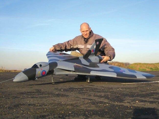 """Avro Vulcan B2 (68"""") Plan"""