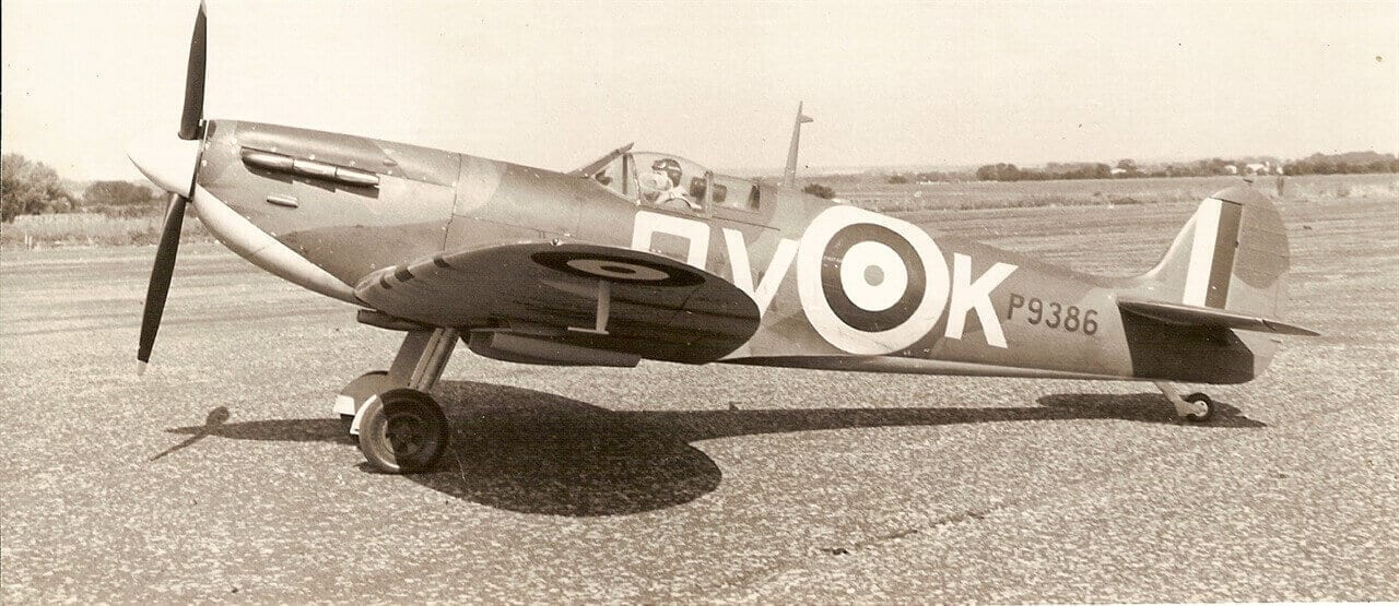 """Supermarine Spitfire 1A (69"""") Plan"""
